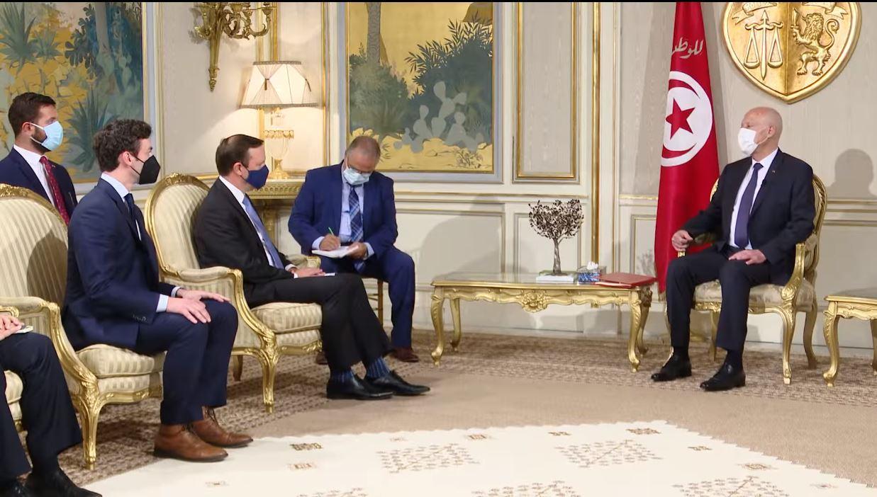 سعيّد لوفد أمريكي: تونس دولة ذات سيادة والتونسيون خرجوا يحتفلون يوم 25 جويلية وكأنّ كابوسا أُزيح عنهم
