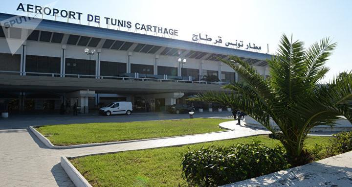 مدير مطار معيتيقة يكشف حقيقة حظر تونس دخول الليبيين