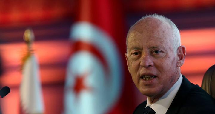 اتحاد الشغل يستغرب عدم اتخاذ الرئيس التونسي أي خطوات جديدة في حل الأزمة