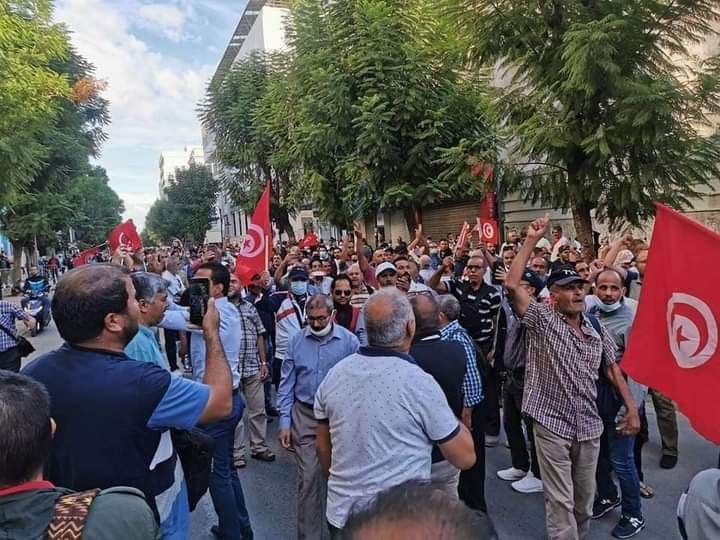 يمينة الزغلامي: تم التضييق على المتظاهرين ومحاصرتهم ومنعهم من التظاهر في شارع محمد الخامس 