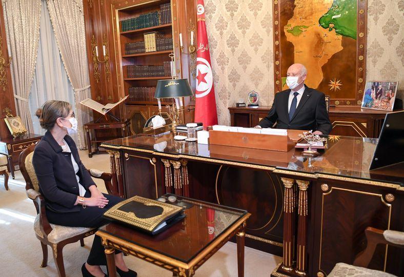 في لقائه برئيسة الحكومة.... سعيد يؤكد أن لا مجال مستقبلا لتجويع الشعب التونسي أو التنكيل به