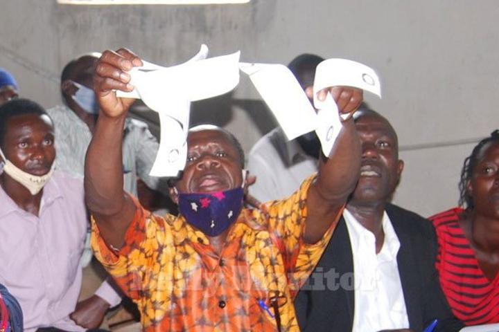 Pallisa residents fault govt on Emyooga cash