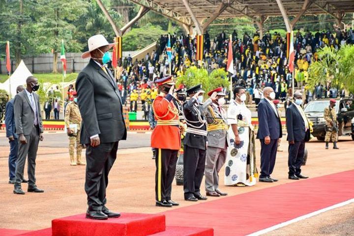 Museveni dares Western 'actors'