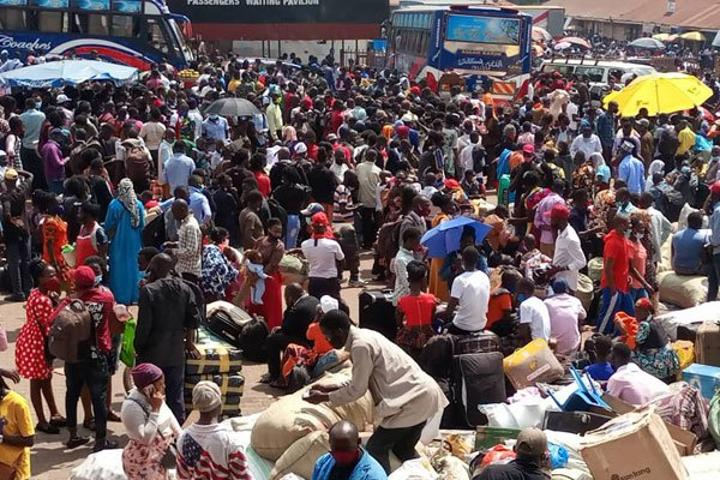 Govt pauses buses, taxis curfew