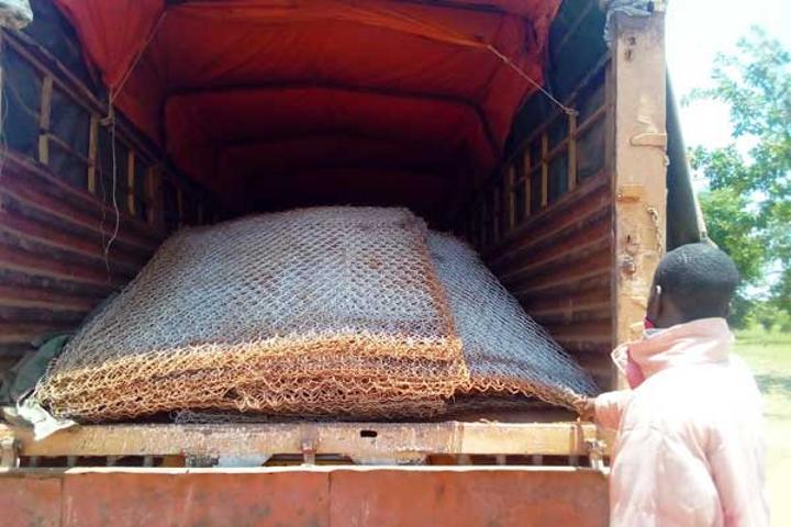 Thugs steal building materials from Kayunga bridge
