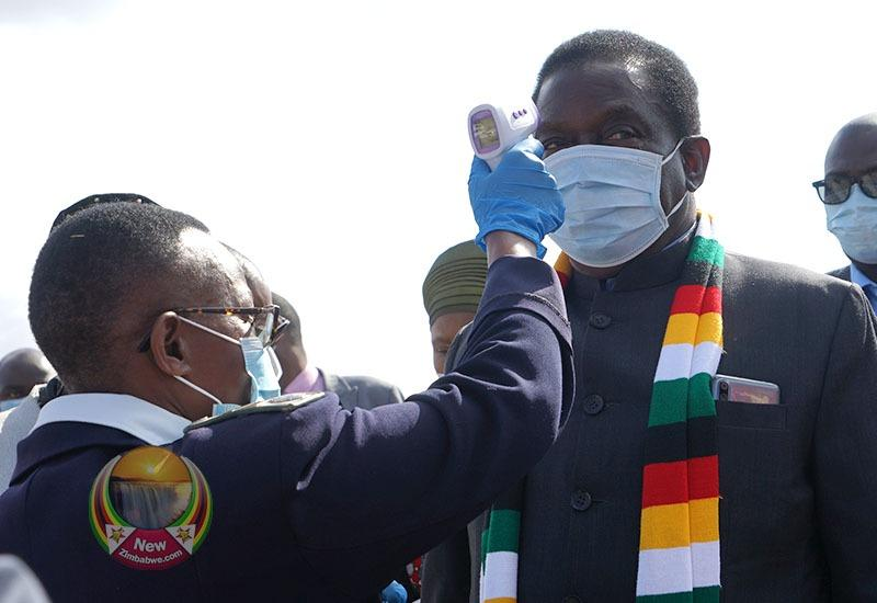 Mnangagwa To Finally Take Covid-19 Vaccine