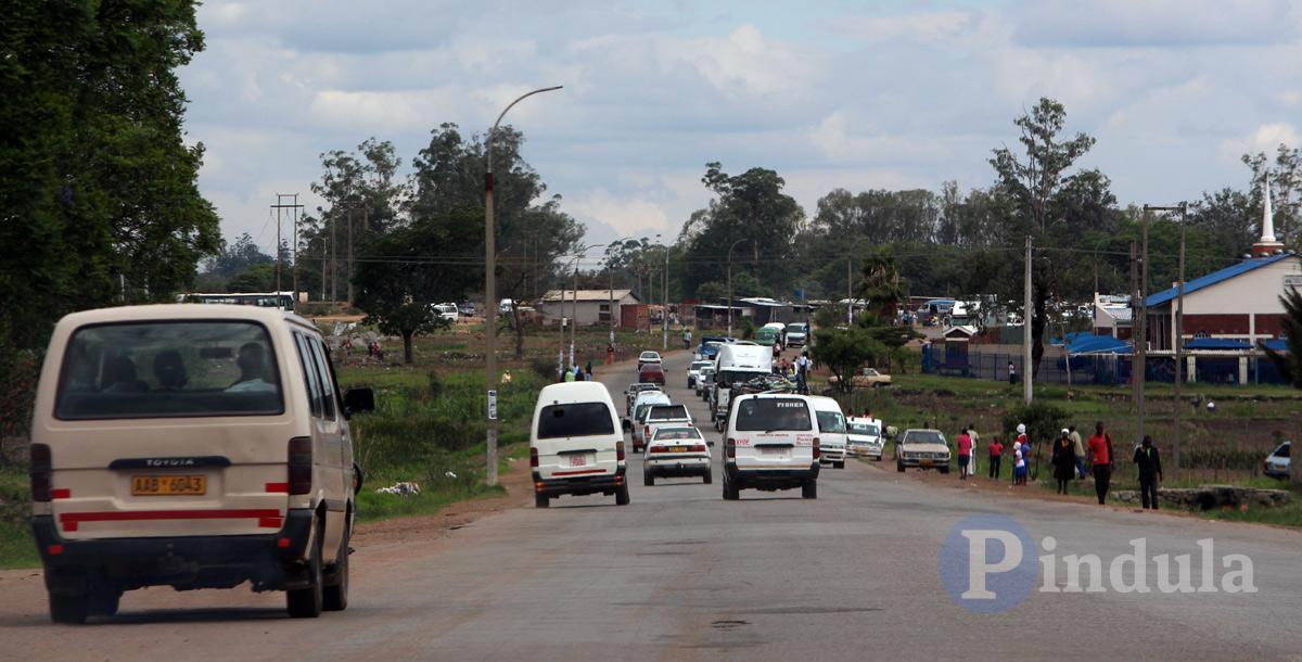 Passenger Thrown Out During Police Kombi Chase