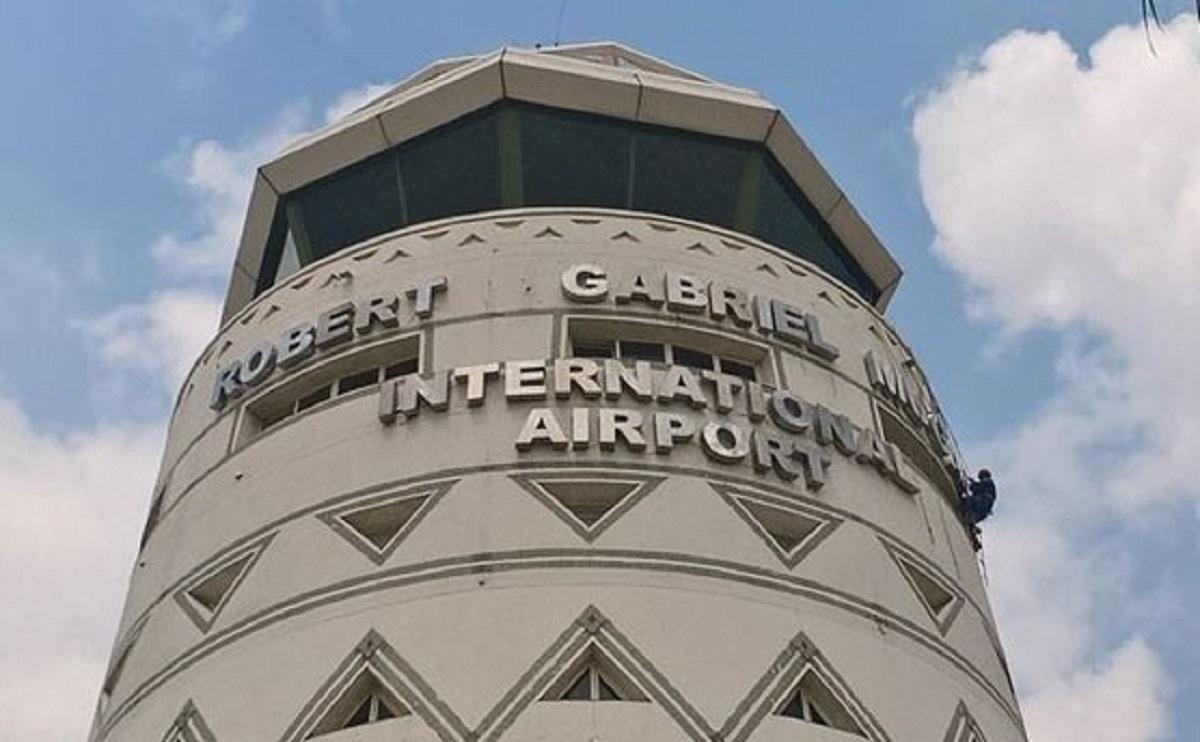 Brazilian Cocaine Dealer Arrested At RGMI Airport