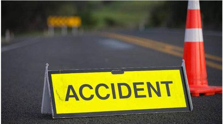 Robbers Crash Getaway Kombi After Stealing 112 Tyres